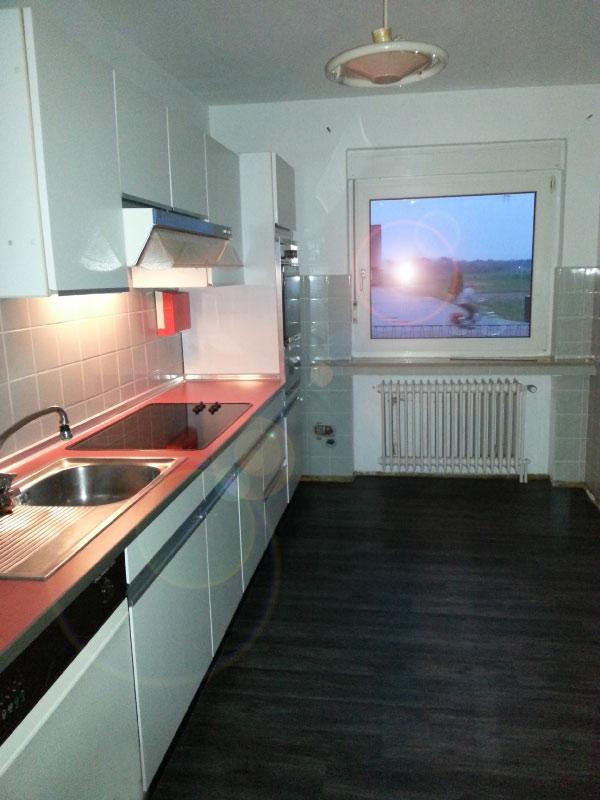 Küche mit neuem Fußboden
